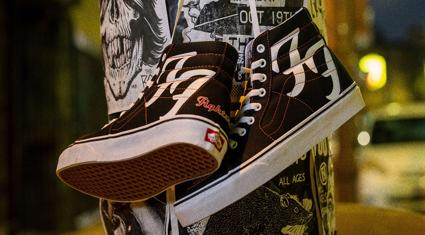 vans-foo-fightersi-ozel-seri-bir-sk8-hi-ile-aniyor